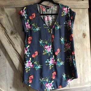 Express floral zip front top